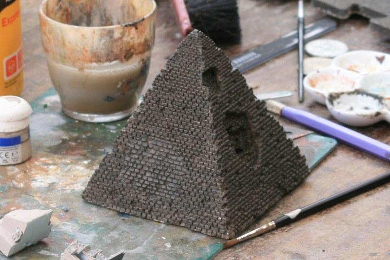 [Décors Aquarium] Une pyramide 39662159252_bc9b7b4b6d_c