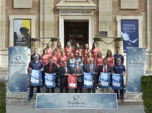 El Cajasol Juvasa Voley se suma a la iniciativa Andalucía Huella Universal
