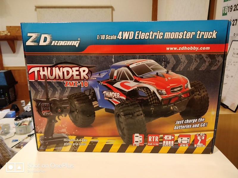 ZD Racing 10427 ラジコンカー 開封レビュー (1)