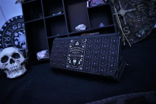 darkside clothing ouija wallet purse 1 (1)