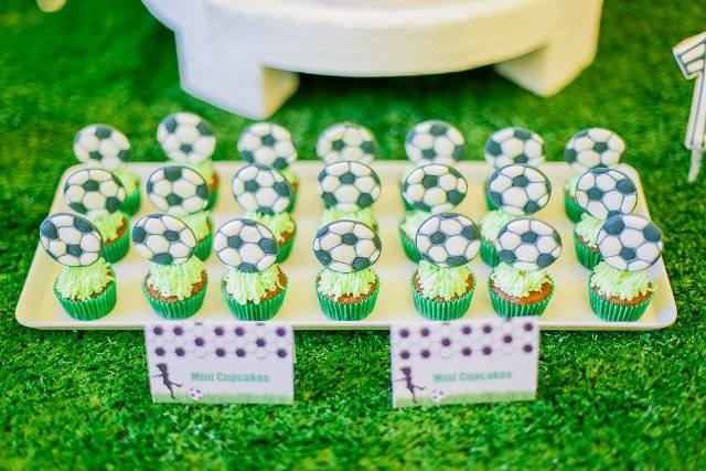 clarkie soccer party sweets (2)