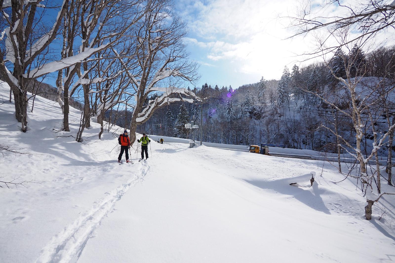 Mt. Kokimobetsu-dake backcountry ski touring (Nakayama Pass, Hokkaido, Japan)