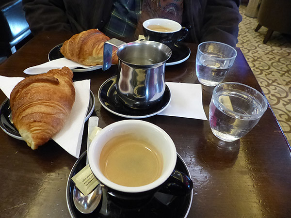 le petit déjeuner du bistrot Gambetta