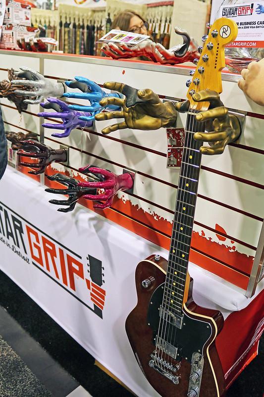 Guitar Grip (2)