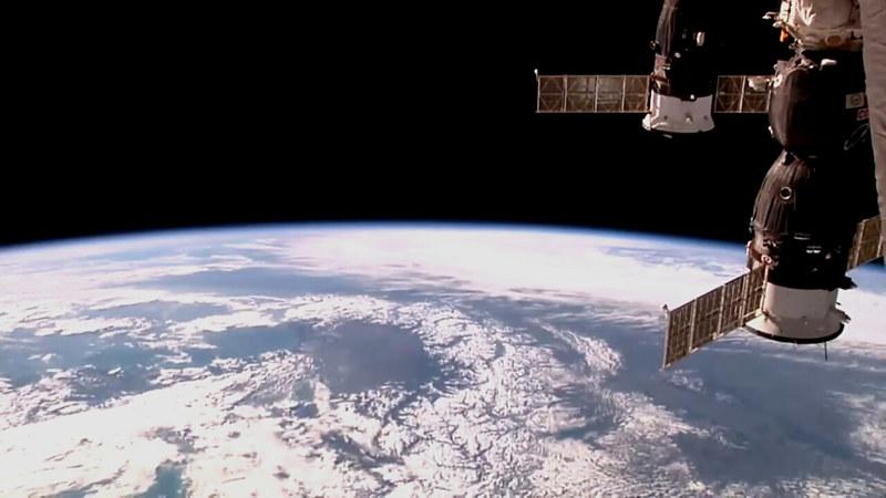 Observation de la Terre depuis l'espace - Page 10 40567283422_df7d15c77b_c