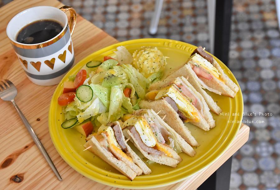 台中D.M cafe 青海路07
