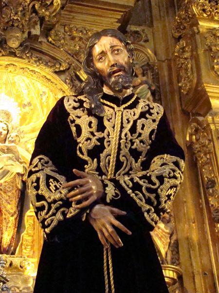 Real y Venerable Hermandad y Cofradia de Nazarenos de Nuestro Padre Jesús Nazareno Abrazado a la Cruz y María Santísima de la Amargura (El Silencio)