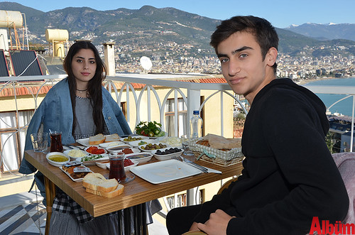 Eslem Akdemir, Murat Çetinkaya