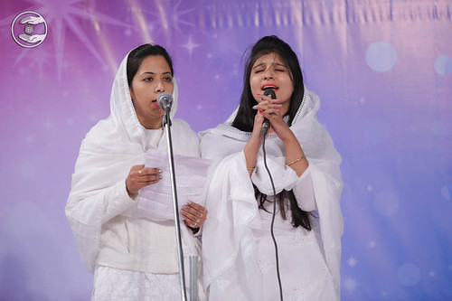 Devotional song by Suhani Ahuja and Saathi from Sagar