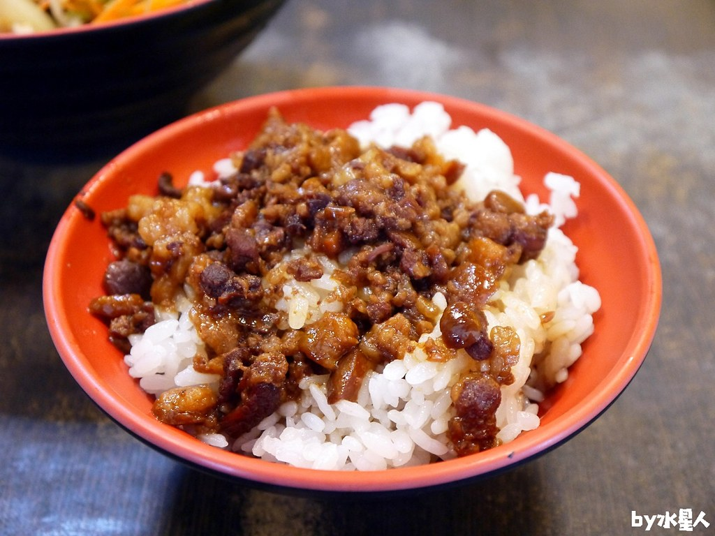 38859281265 b79375df51 b - 南部肉燥飯|便宜好吃南部口味,推薦25元肉燥飯、肉羹湯、魚皮湯!