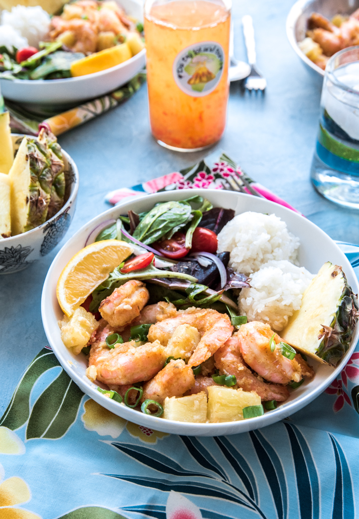 Spicy Hawaiian Garlic Shrimp with Pineapple www.pineappleandcoconut.com