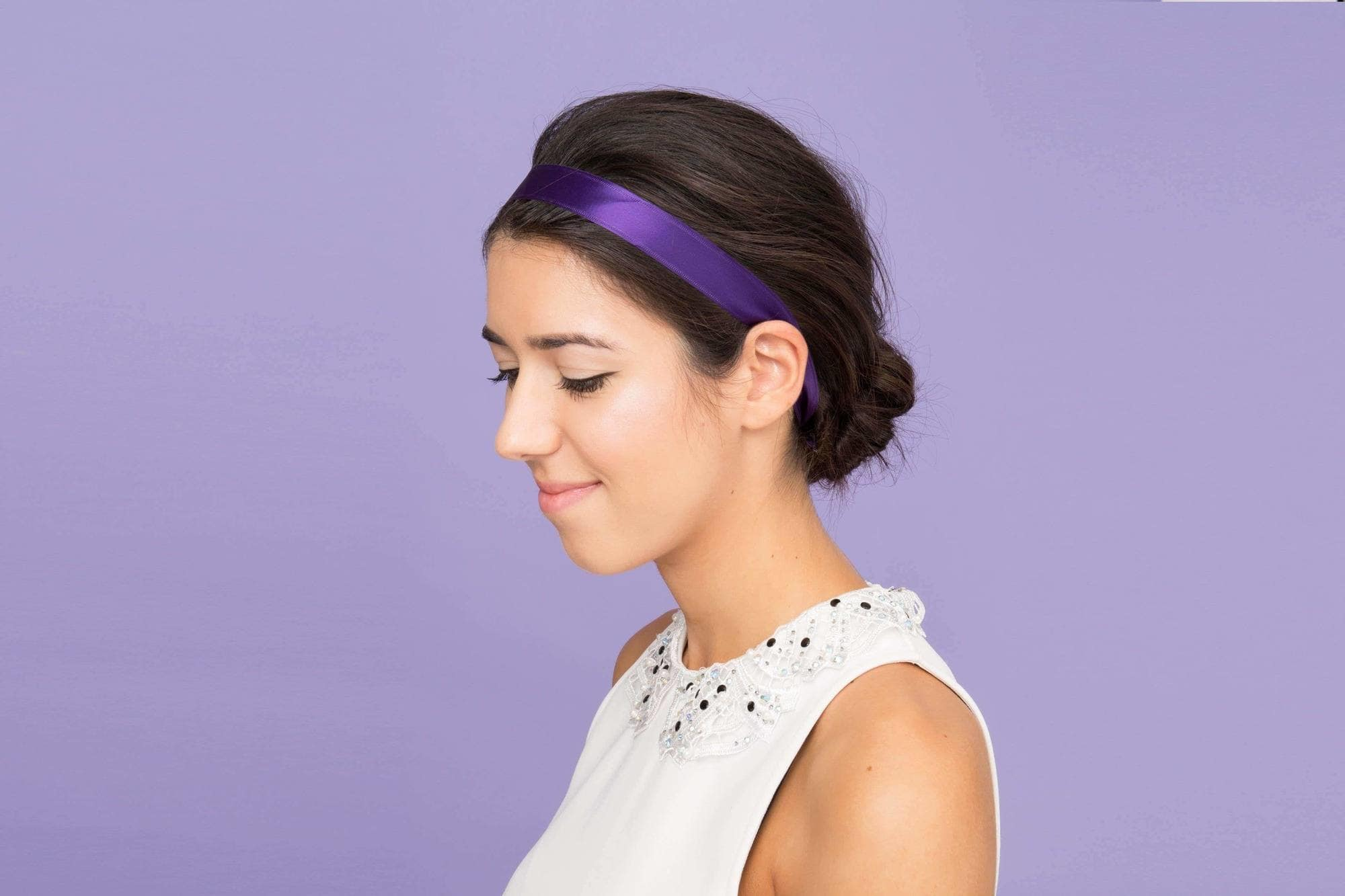 10+Chic Headband Hairstyles -Keeps It In Your Styles 3