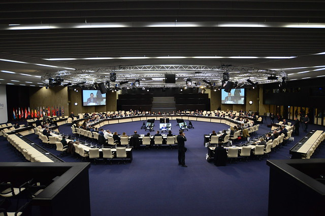Informal Meeting of Trade, Nikon D800E, AF-S Nikkor 18-35mm f/3.5-4.5G ED