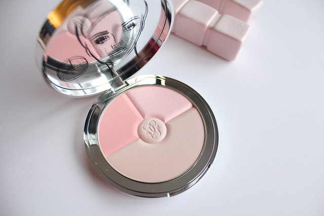 Guerlain Spring 2018 Meteorites Heart Shape Compact review and swatches