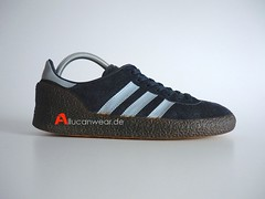 VINTAGE ADIDAS MONTREAL 76 SPORT SHOES