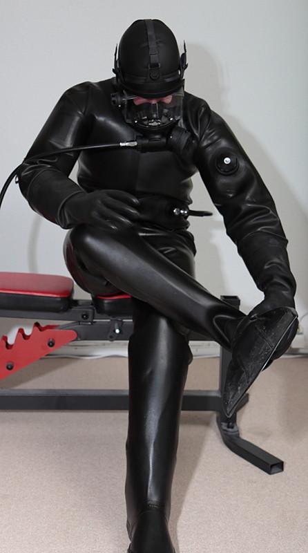 Full rubber gay
