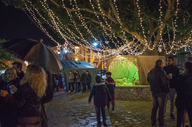 Χριστούγεννα στην Ψίνθο 2017 - Η φωταγώγηση του χριστουγεννιάτικου δέντρου