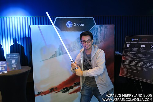 Globe ForceWithin Me with Lightsaber