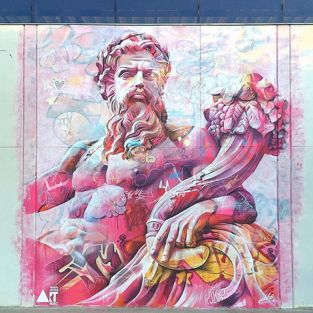 New mural by @pichiavo in Valencia, Spain ????#streetart #sprayart #spraypaint #mural #pichiavo #graffiti #graff