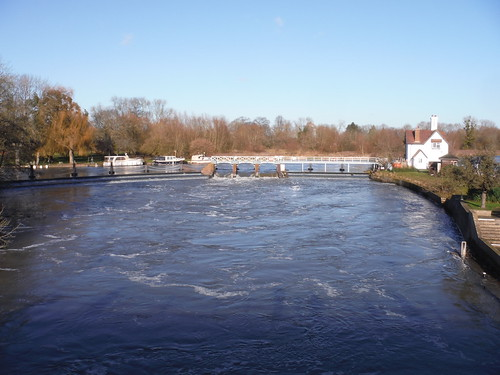 Thames Crossing (Goring to Eyot)