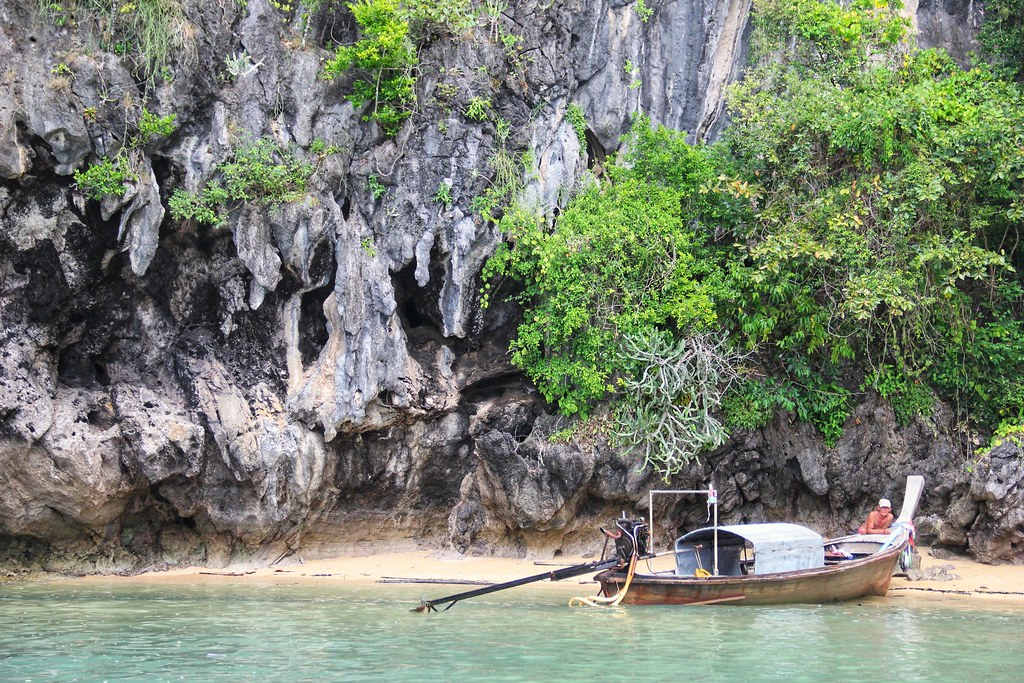 Visiting James Bond Island: A Boat Trip Around Phang Nga Bay