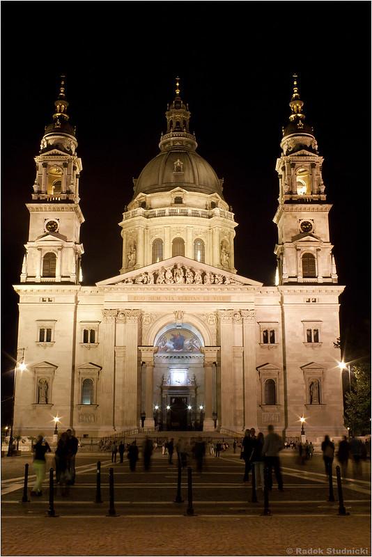 Katedra św.Stefana nocą