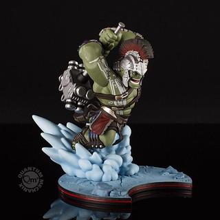 這樣的冠軍太可愛啦~Quantum Mechanix Q-Fig 系列《雷神索爾3:諸神黃昏》浩克 Hulk – Thor: Ragnarok Q-Fig Max Diorama