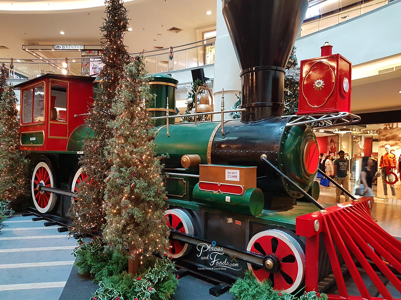 mid valley christmas 2017 train