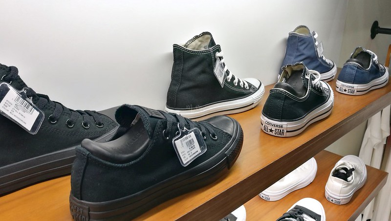 converse-chuck-taylors-sneakers-5