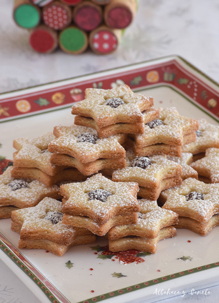 Chocolate filled star cookies
