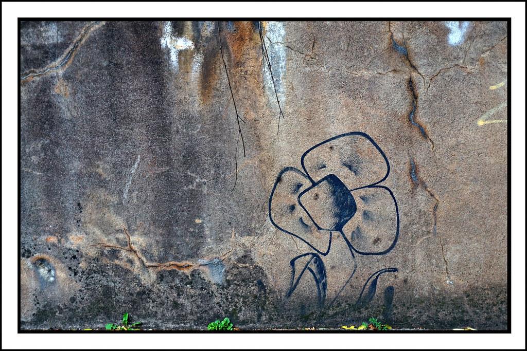 À fleur de mur