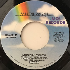 MUSICAL YOUTH:PASS THE DUTCHIE(LABEL SIDE-A)