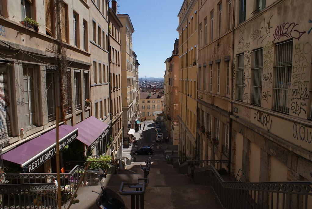 Vue sur les pentes de la Croix Rousse à Lyon.