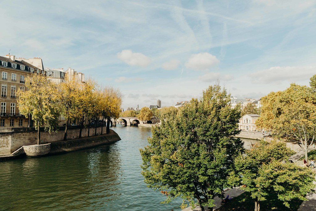 The Little Magpie Guide to Paris