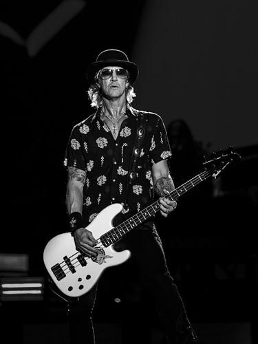 Bass-GNR-Duff McKagan