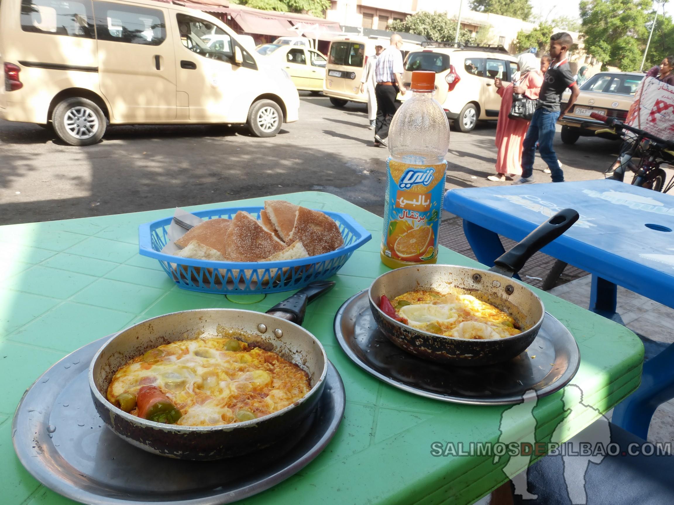 711. Desayuno de tortilla bereber, Marrakech