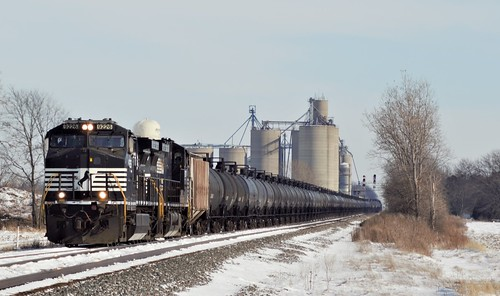 Westbound 65R empty tank train goes into the siding at Payne Ohio on the Norfolk Southern's Fostoria District as NS Track Crew's deal with a break in the rail just east of Edgerton Indiana as the record cold spell causes havoc across the NS system.