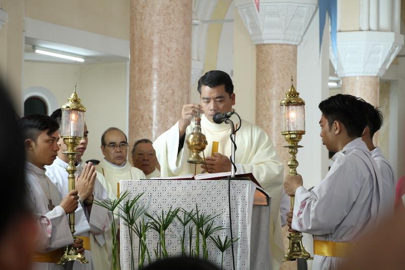 Thánh Lễ Truyền Chức Linh Mục Giáo Phận Qui Nhơn - Ảnh minh hoạ 42