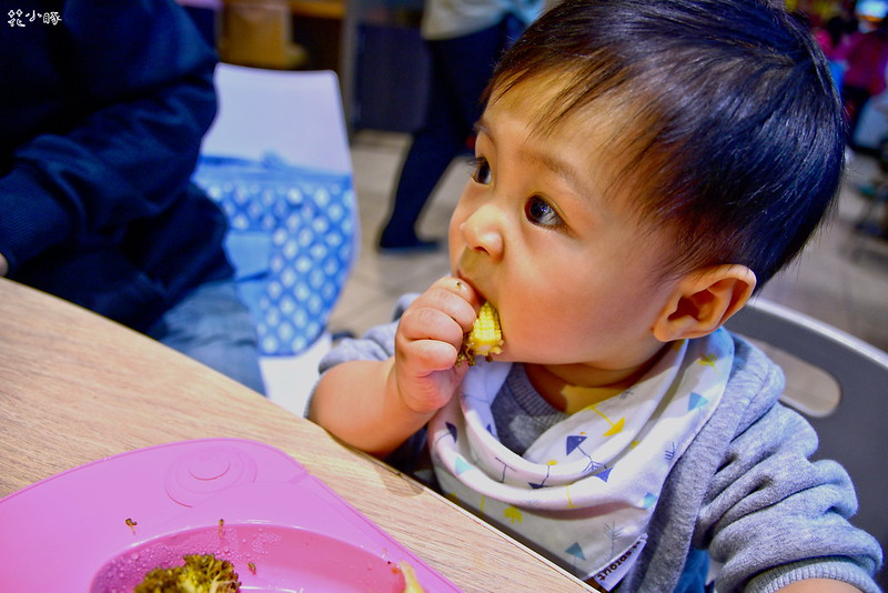 easymat餐盤防拔嬰兒餐具吸盤嬰兒餐具推薦嬰兒副食品餐具推薦EasyMat防滑矽膠餐盤 (31)
