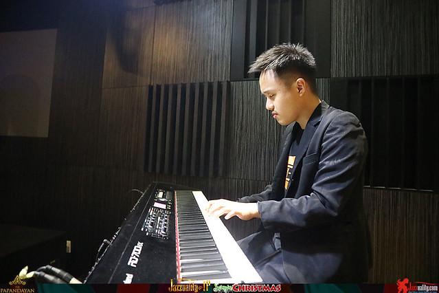 Jazzuality-TP-SwinginChristmas-JuanJasonProject (2)