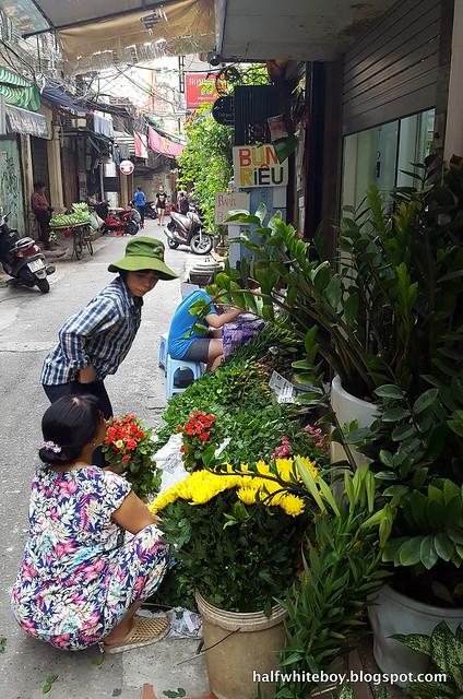 halfwhiteboy - la beaute de hanoi hotel vietnam 04
