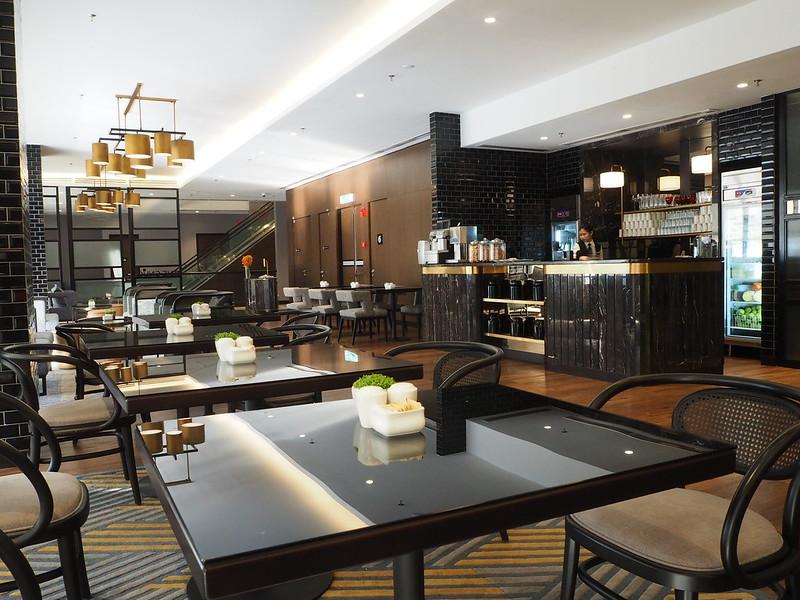 hotel stripes lounge