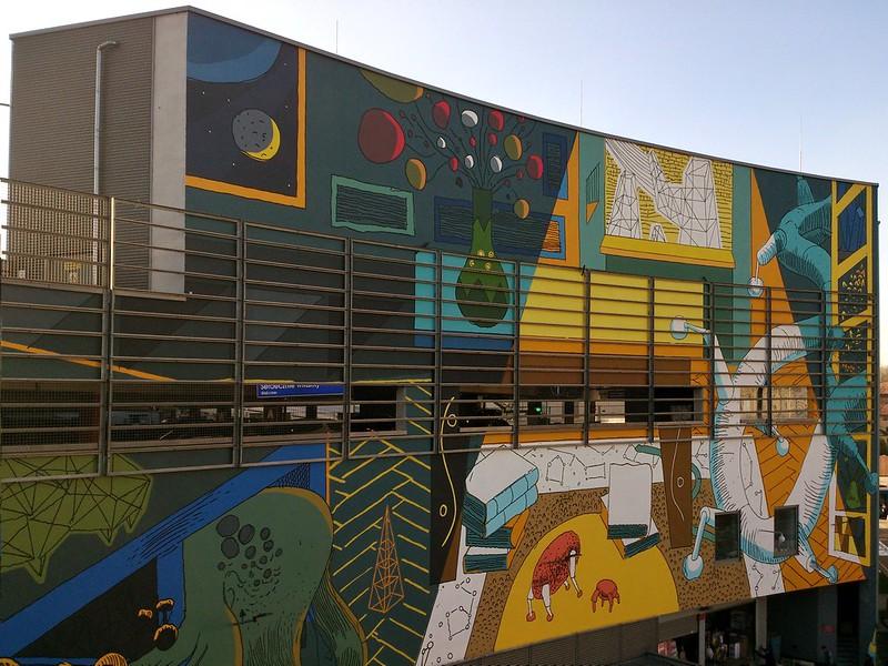 """Gotowy mural """"Krakowskie mieszkanie – Lemomural"""", autor Marcin Czaja"""
