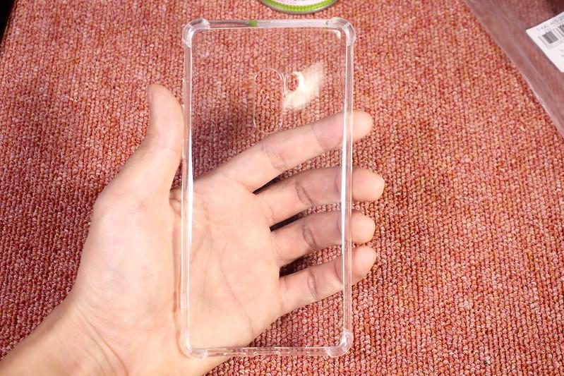 Xiaomi Mi Mix 2のTPU透明ケースを2つ開封レビュー (15)
