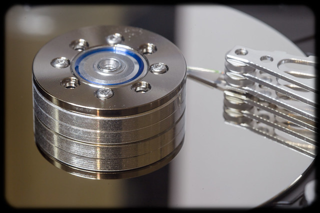 Hub, Platter and Head of a Hard Disk Drive