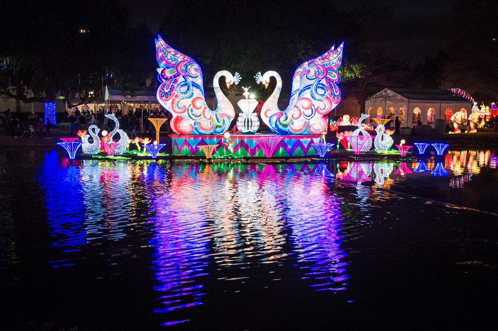Where to See Chinese Lanterns In Dallas
