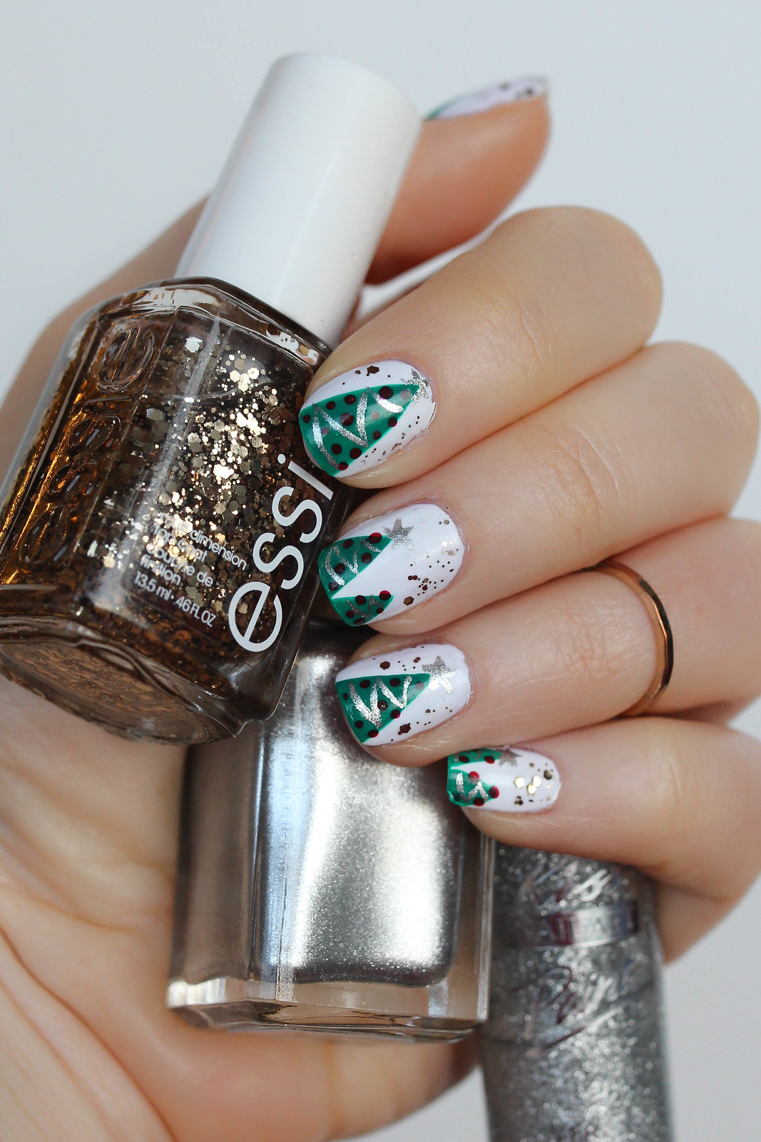 The Best & Easiest Christmas Tree Manicure Essie Gold Glitter Nail Polish