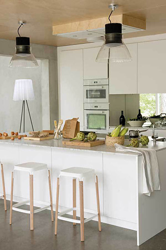 06 casa_estilo_contemporáneo_kitchen_isla