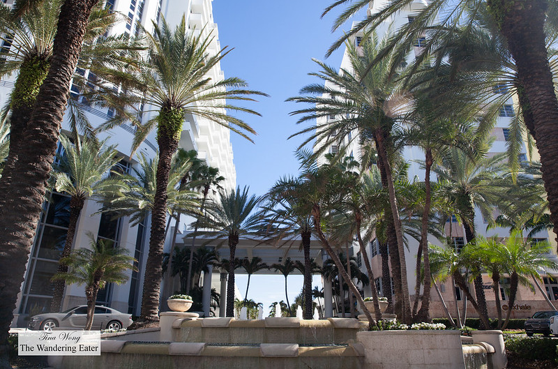 Driveway area of Loews Miami Beach Hotel
