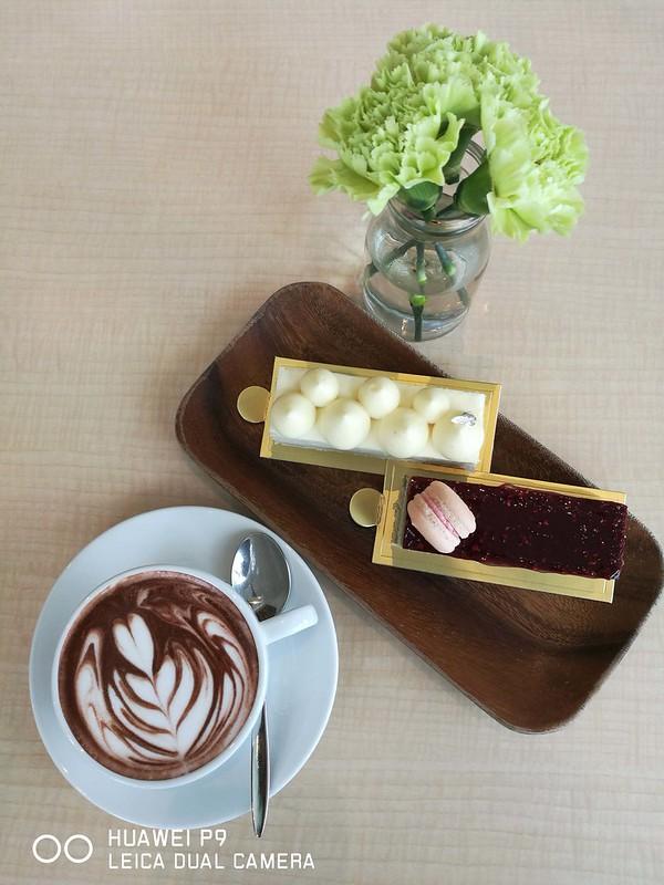 Madeleine Cafe 09